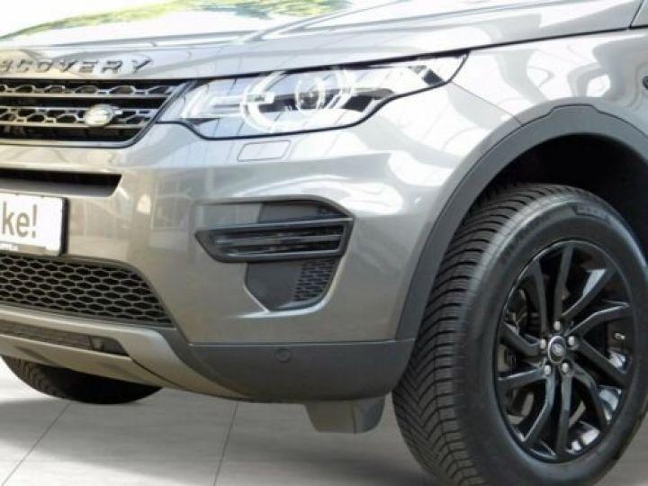 Land Rover Discovery Sport Gris métallisée  - 3