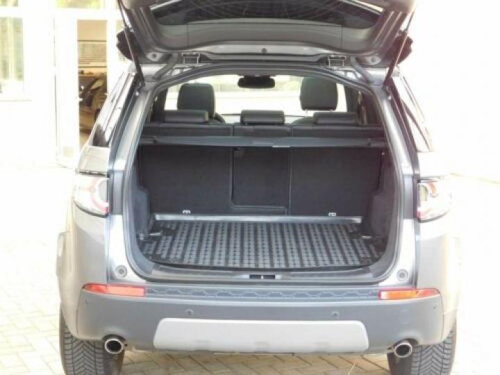 Land Rover Discovery Sport Gris métallisée  - 10