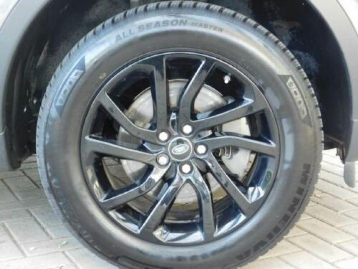 Land Rover Discovery Sport Gris métallisée  - 14
