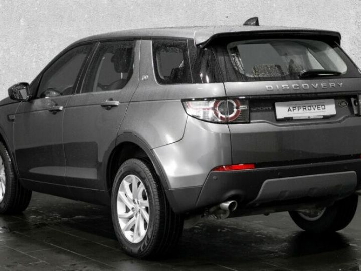 Land Rover Discovery Sport 2.0 TD4 150ch AWD SE Gris - 2