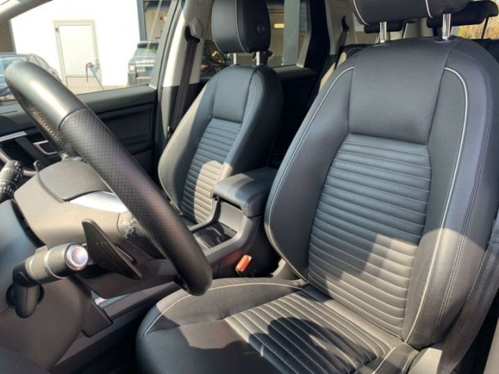 Land Rover Discovery Sport 2.0 TD4 180ch AWD HSE Gris Corris - 8