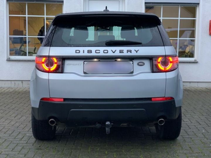 Land Rover Discovery Sport 2.0 TD4 180ch AWD SE Gris Argent - 8