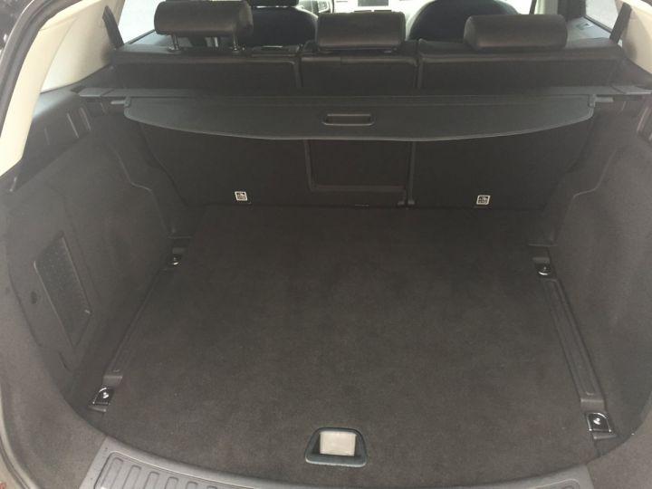 Land Rover Discovery Sport 2,2L SE TD4 4X4 NOIR SANTORINI - 14