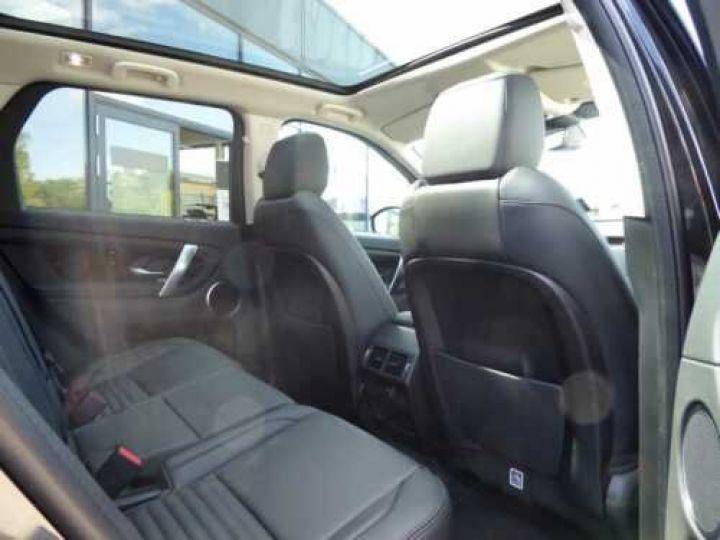 Land Rover Discovery Sport D180 S Noir métallisée  - 11