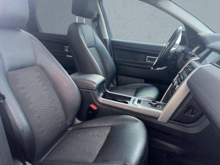 Land Rover Discovery Sport SE Noir métallisée  - 3