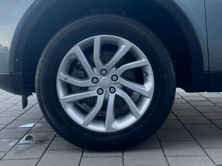 Land Rover Discovery Sport SE Noir métallisée  - 9