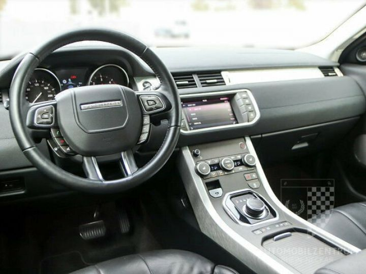 Land Rover Range Rover Evoque 2.0 TD4 SE Black Edition Noir - 4