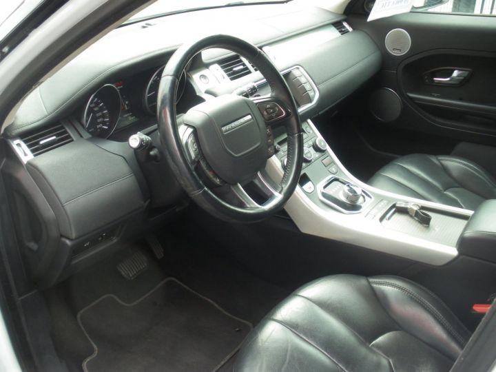 Land Rover Range Rover Evoque 2.2 TD4 4x4 150cv blanc - 3