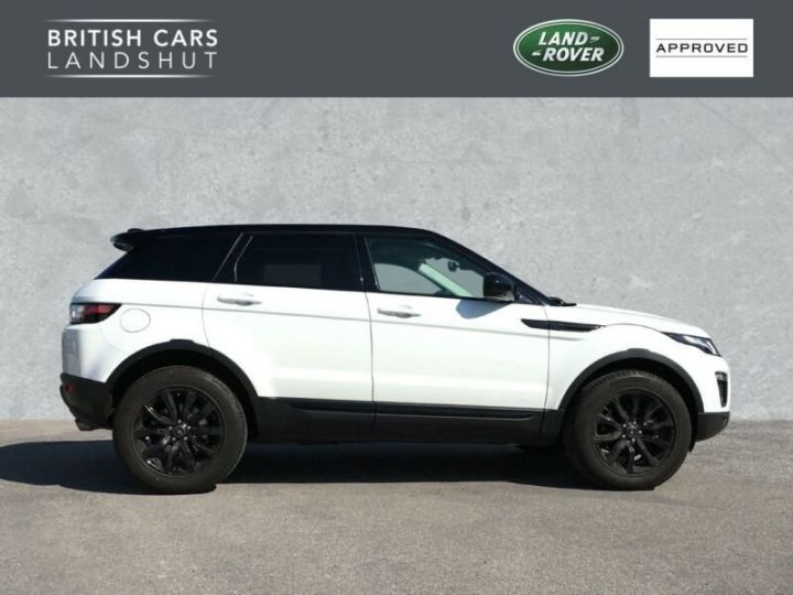 Land Rover Range Rover Evoque Land Rover Range Rover Evoque 2.0 Td4 SE Black Edition 150ch / Toit Pano / Caméra / Volants et siège chauffants / Ecran tactile / 1er main / Garantie  Blanc - 3