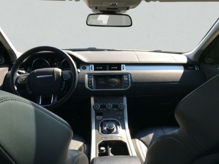 Land Rover Range Rover Evoque Land Rover Range Rover Evoque 2.0 Td4 SE Black Edition 150ch / Toit Pano / Caméra / Volants et siège chauffants / Ecran tactile / 1er main / Garantie  Blanc - 6