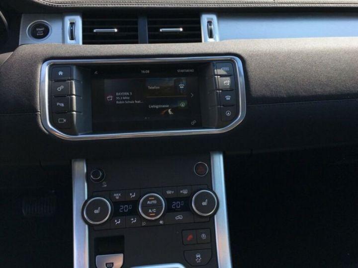 Land Rover Range Rover Evoque Land Rover Range Rover Evoque 2.0 Td4 SE Black Edition 150ch / Toit Pano / Caméra / Volants et siège chauffants / Ecran tactile / 1er main / Garantie  Blanc - 8
