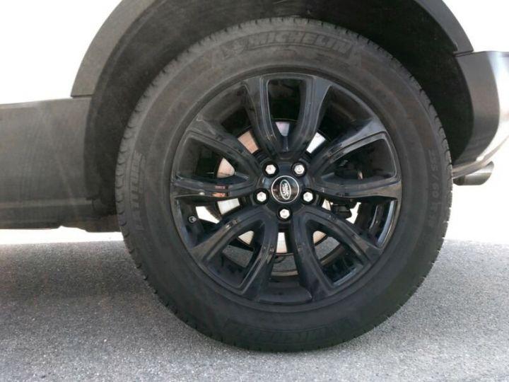 Land Rover Range Rover Evoque Land Rover Range Rover Evoque 2.0 Td4 SE Black Edition 150ch / Toit Pano / Caméra / Volants et siège chauffants / Ecran tactile / 1er main / Garantie  Blanc - 12