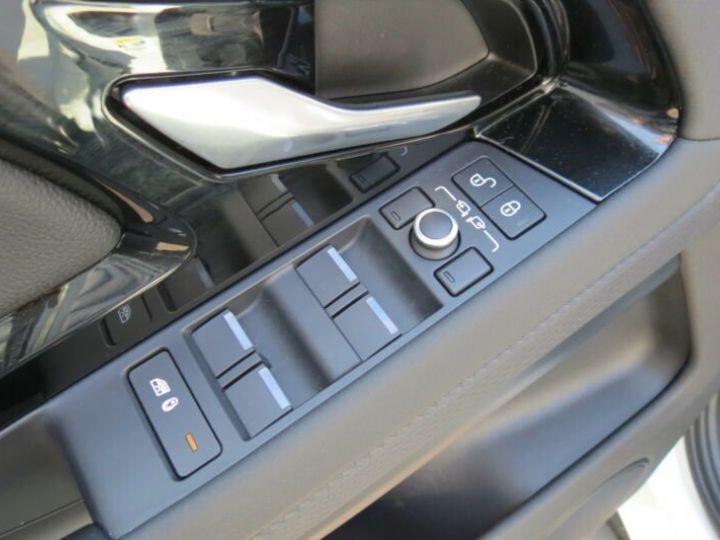 Land Rover Range Rover Evoque Land-Rover Range Rover Evoque AWD BVA9 180ch 10cv  Blanc - 15