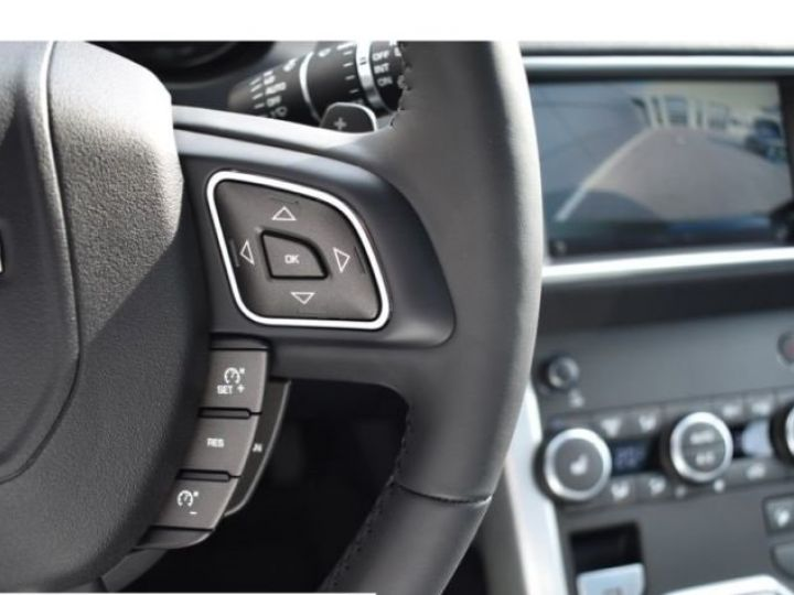 Land Rover Range Rover Evoque SE 2.0 TD4 BLACK PACK  NOIR  Occasion - 11
