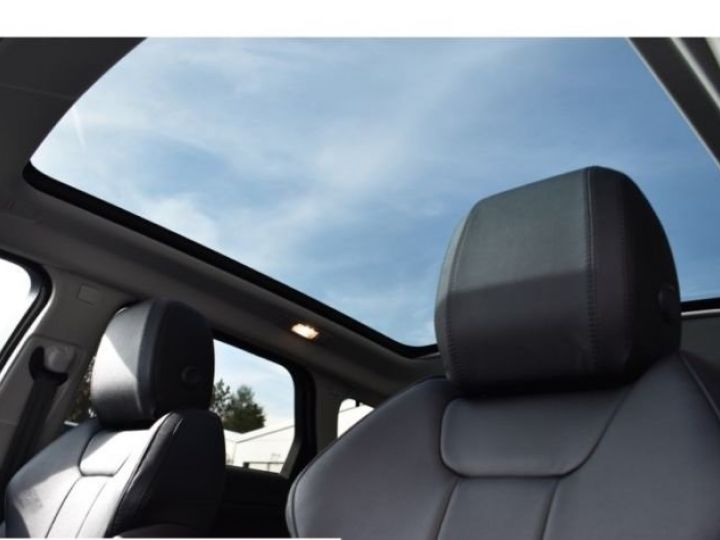 Land Rover Range Rover Evoque SE 2.0 TD4 BLACK PACK  NOIR  Occasion - 12