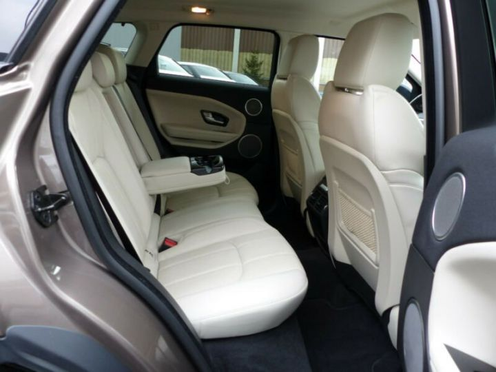 Land Rover Range Rover Evoque  Si4 Aut.HSE Dynamic BlackPack Brun Peinture métallisée - 8