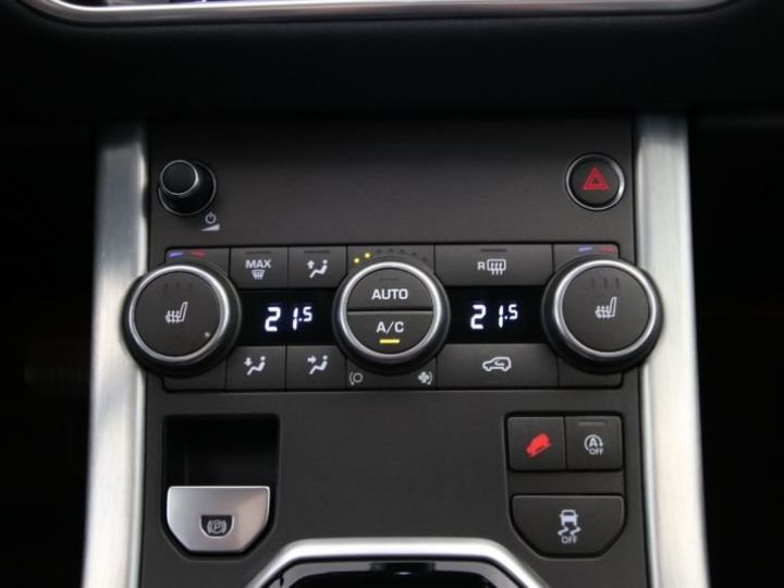 Land Rover Range Rover Evoque  TD4 180 NOIR  Occasion - 10