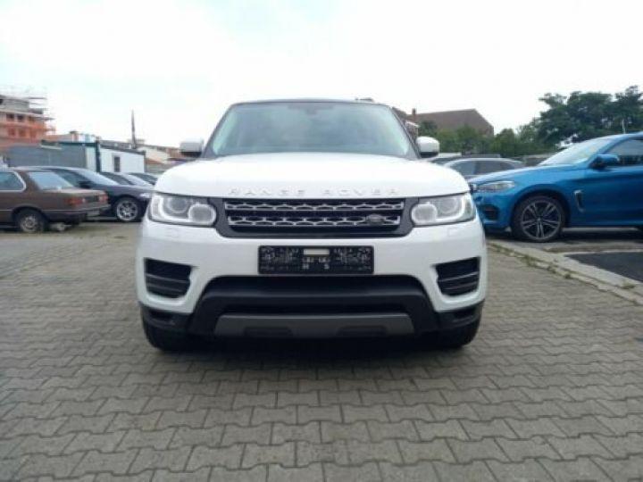 Land Rover Range Rover Sport 3.0 TDV6 HSE/ CUIR / GPS / PHARE XENON / TOIT Pano / GARANTIE 12 MOIS / Noir et blanc - 2