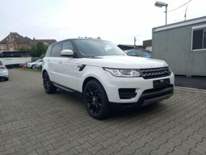 Land Rover Range Rover Sport 3.0 TDV6 HSE/ CUIR / GPS / PHARE XENON / TOIT Pano / GARANTIE 12 MOIS / Noir et blanc - 3