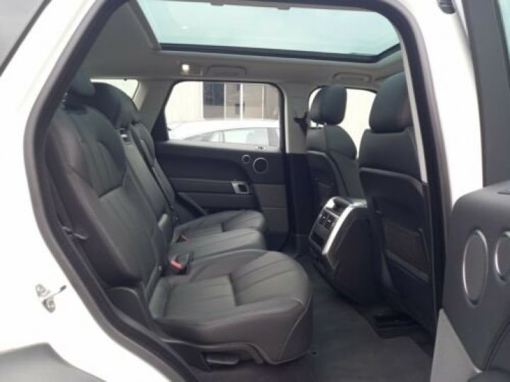 Land Rover Range Rover Sport 3.0 TDV6 HSE/ CUIR / GPS / PHARE XENON / TOIT Pano / GARANTIE 12 MOIS / Noir et blanc - 11