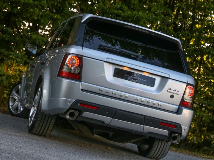 Land Rover Range Rover Sport Mark VI TDV6 3.0L HSE A GRIS - 4