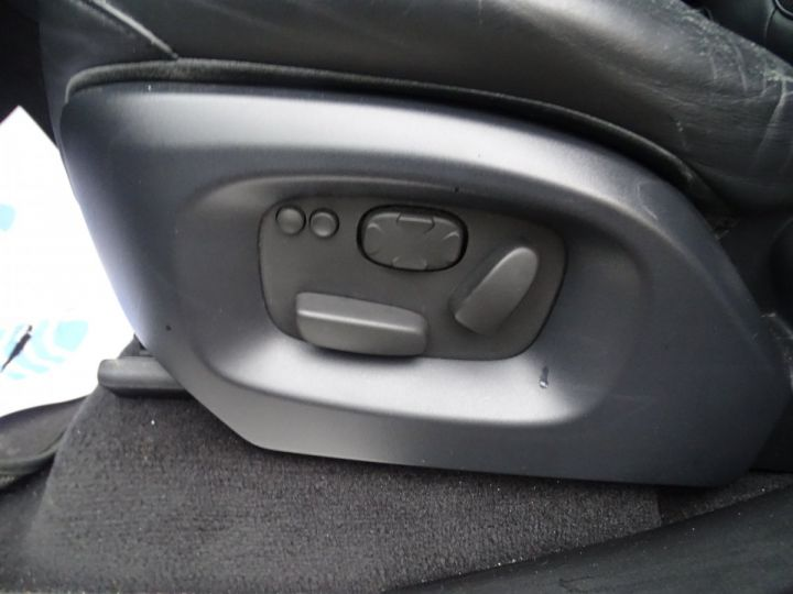 Land Rover Range Rover Sport SDV6 306PS BVA HSE DYNAMIC/ 7 Places jtes 21 TOE Camera LED noir metallisé - 11