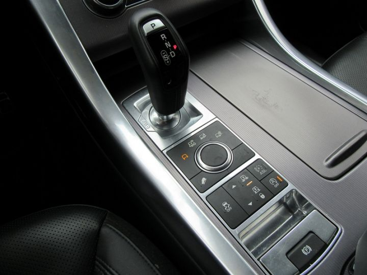 Land Rover Range Rover Sport TDV6 3.0 HSE 258CH GRIS CORRIS Occasion - 17