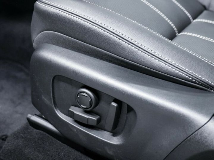 Land Rover Range Rover Velar gris - 8
