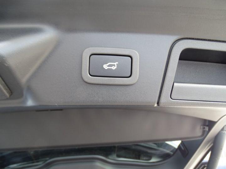 Land Rover Range Rover Velar 2.0 D240 4WD S R-DYNAMIC AUTO/ TOE Pano  jtes 19  Hayon électrique  LED  Bixenon Noir metallisé - 18