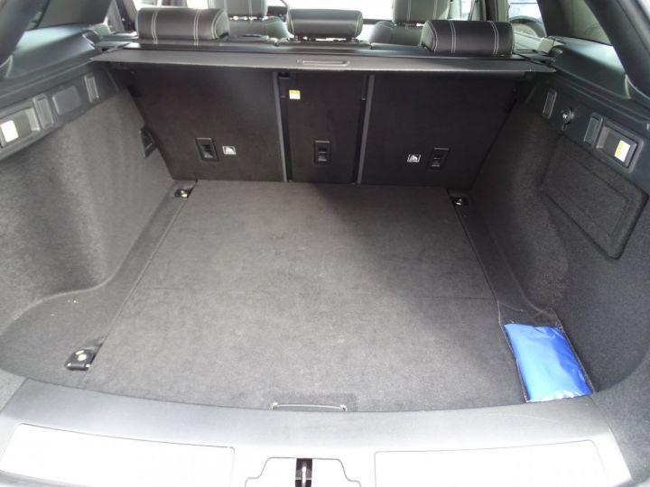 Land Rover Range Rover Velar 2.0 D240 4WD S R-DYNAMIC AUTO/ TOE Pano  jtes 19  Hayon électrique  LED  Bixenon Noir metallisé - 19