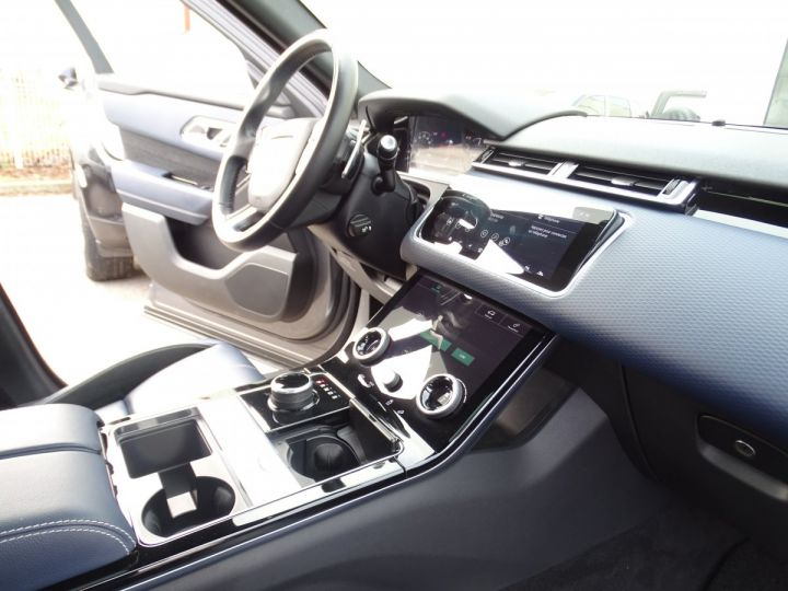 Land Rover Range Rover Velar 2.0D AWD 240PS S R Dynamic Full options VN 87.000E toe pano Camera Jtes 22 LED  gris Corris métallisé - 14