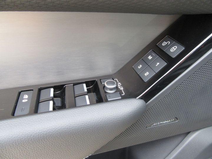 Land Rover Range Rover Velar 2.0P 250CH R-DYNAMIC AWD BVA9 Noir Occasion - 12