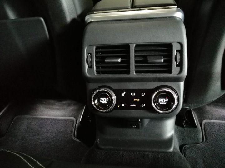 Land Rover Range Rover Velar 5.0 SVA 550 CV BVA Noir - 13