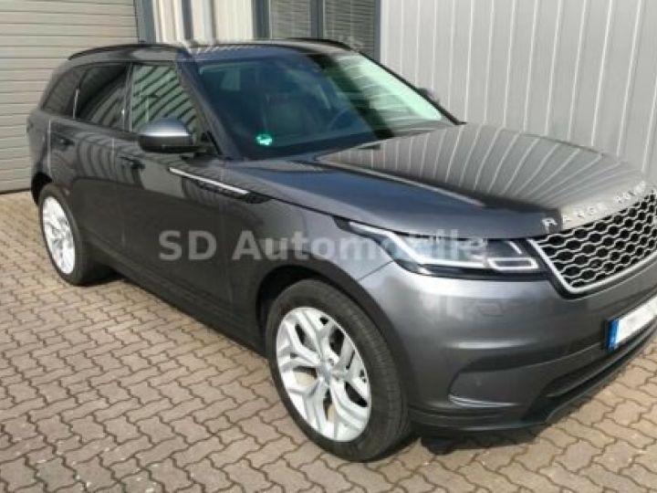 Land Rover Range Rover Velar S Gris métallisée  - 1