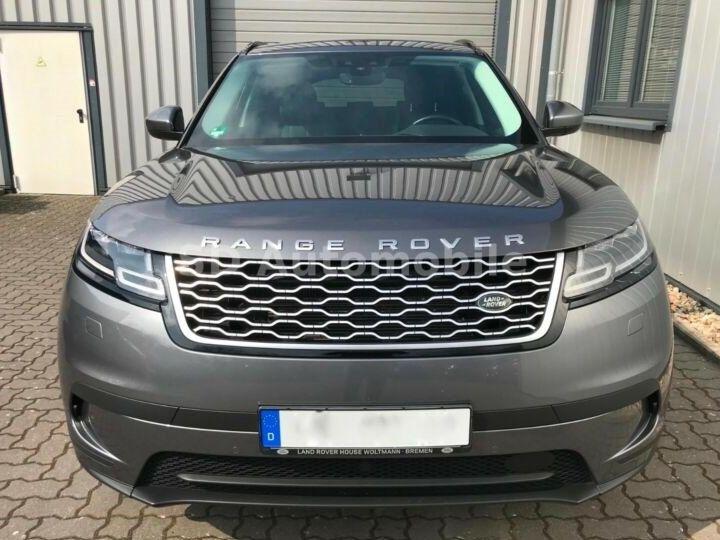 Land Rover Range Rover Velar S Gris métallisée  - 2