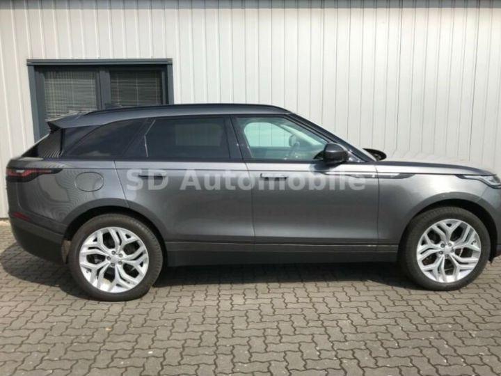 Land Rover Range Rover Velar S Gris métallisée  - 3