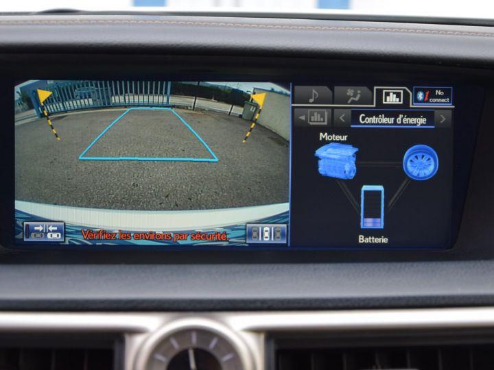 Lexus GS 300h 181cv  - 9