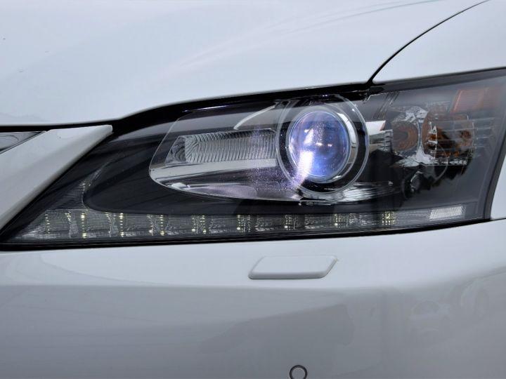 Lexus GS 300h 181cv  - 10