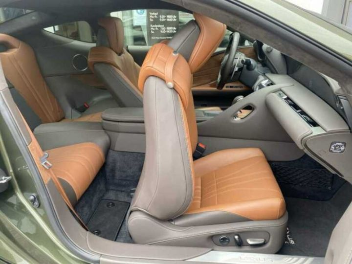 Lexus LC Vert métallisée  - 3