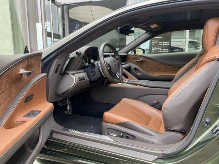 Lexus LC Vert métallisée  - 4