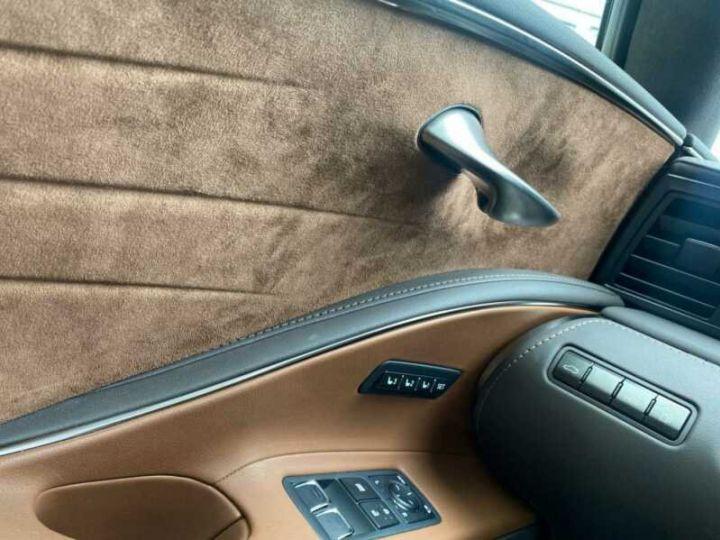 Lexus LC Vert métallisée  - 10