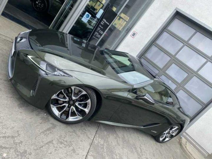 Lexus LC Vert métallisée  - 13
