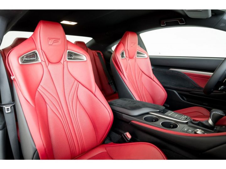 Lexus RC F 5.0l luxury edition noir - 8