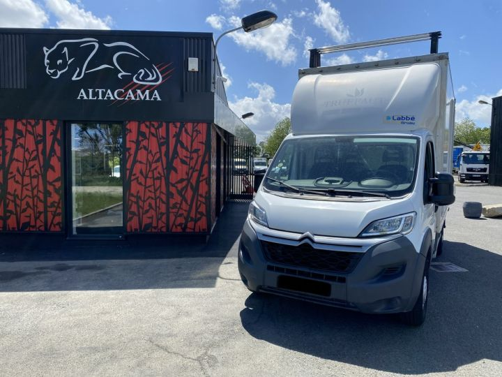 Light van Citroen Jumper Box body + Lifting Tailboard 130 HAYON ELEVATEUR 20 m2 TOIT DEBACHABLE COULISSANT PORTE LATERALE BLANC - 2