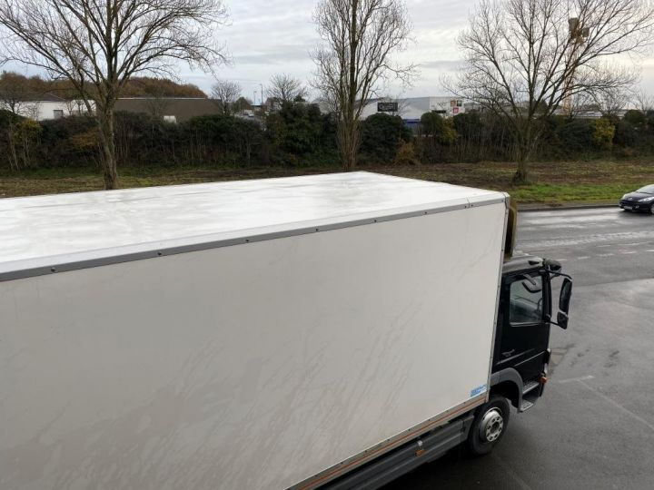 Light van Mercedes Atego Box body + Lifting Tailboard 1218 FOURGON 43 m3 HAYON RABATTABLE PORTE LATERALE COULISSANTE  NOIR - 8