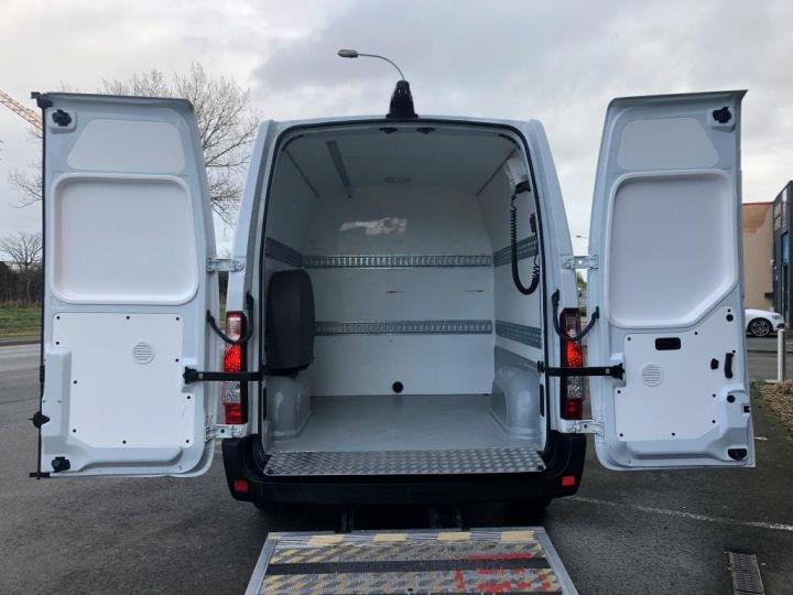 Light van Nissan NV400 Box body + Lifting Tailboard 125 FOURGON 7 PLACES HAYON ELEVATEUR CLIMATISE L3H2 BLANC - 5