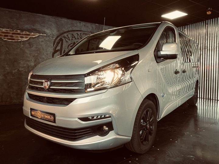 Light van Fiat Talento Double cab van fiat TALENTO cabine approfondie 2.0 MJT 145 Evoluzionne  gris aluminium - 4