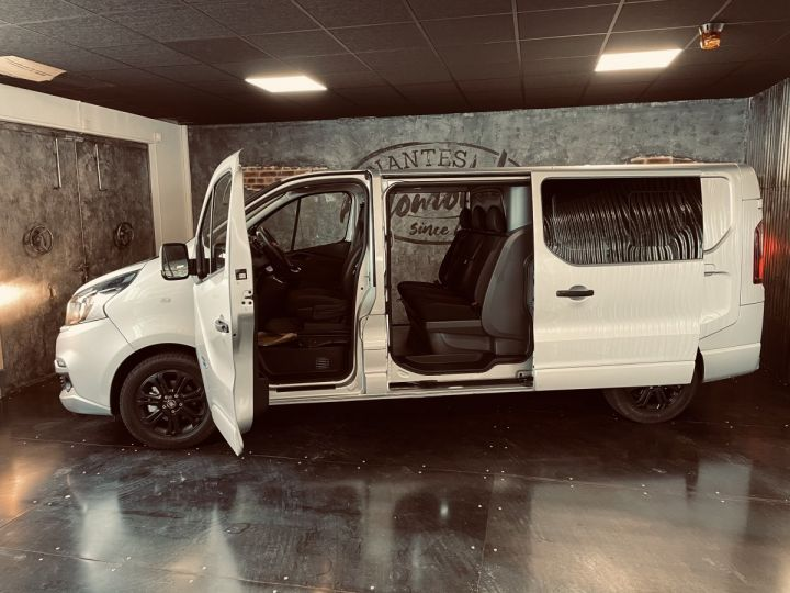 Light van Fiat Talento Double cab van fiat TALENTO cabine approfondie 2.0 MJT 145 Evoluzionne  gris aluminium - 7
