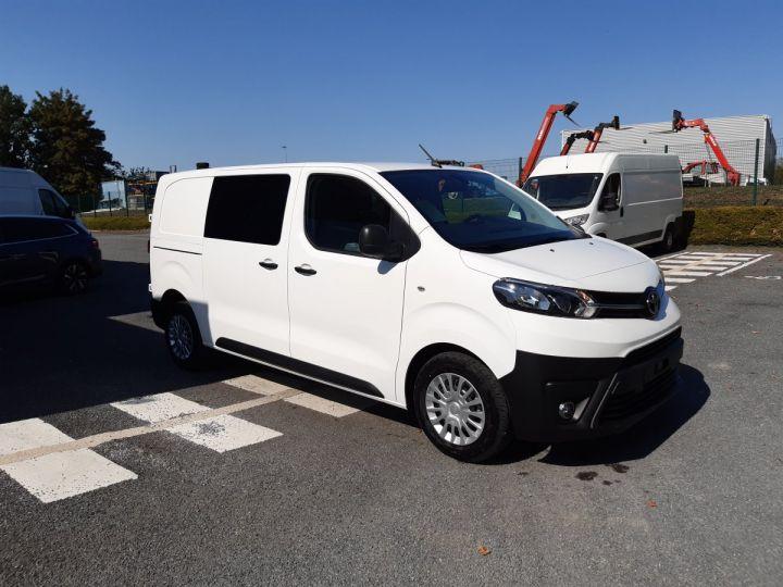 Light van Toyota ProAce Double cab van BUSINESS 2.0 D-4D 120CV BLANC - 2