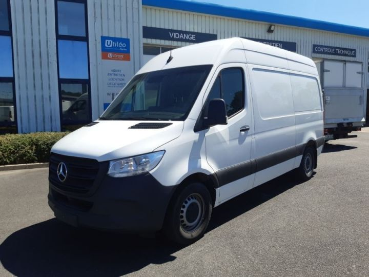 Light van Mercedes Sprinter 316 CDI 37 3T5 BLANC - 1